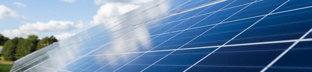 Fotovoltaico e colonnine auto elettriche al 110%